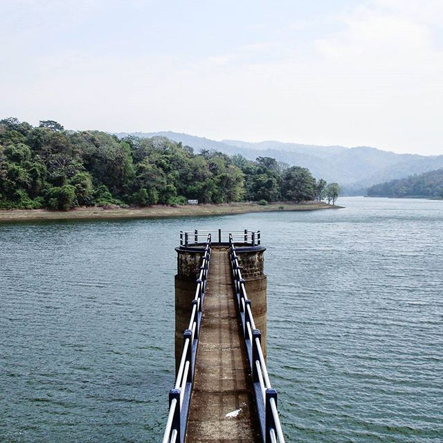 At Vazhani Dam. Shot in 2009 on my old Sony DSC-P200 point and shoot.  I know this is not very original  but I've always wanted to take one like this.  #vazhanidam #incredibleindia #india #kerala #thrissur #landscape #landscapes #lakes #amateurphotography #amateurphotographer #photography #photographer