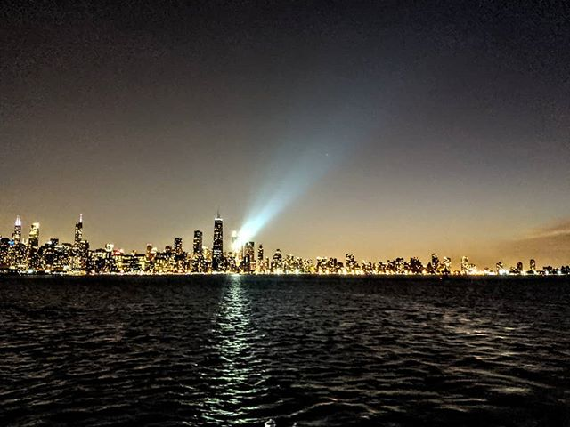 Chicago at night.  #PTLS2019  #amateurphotographer #amateurphotography #cellphonephotographer #cellphonephotography #landscapephotography #landscape #greatlakes #chicago