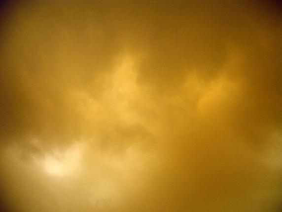 Sky during a sandstorm